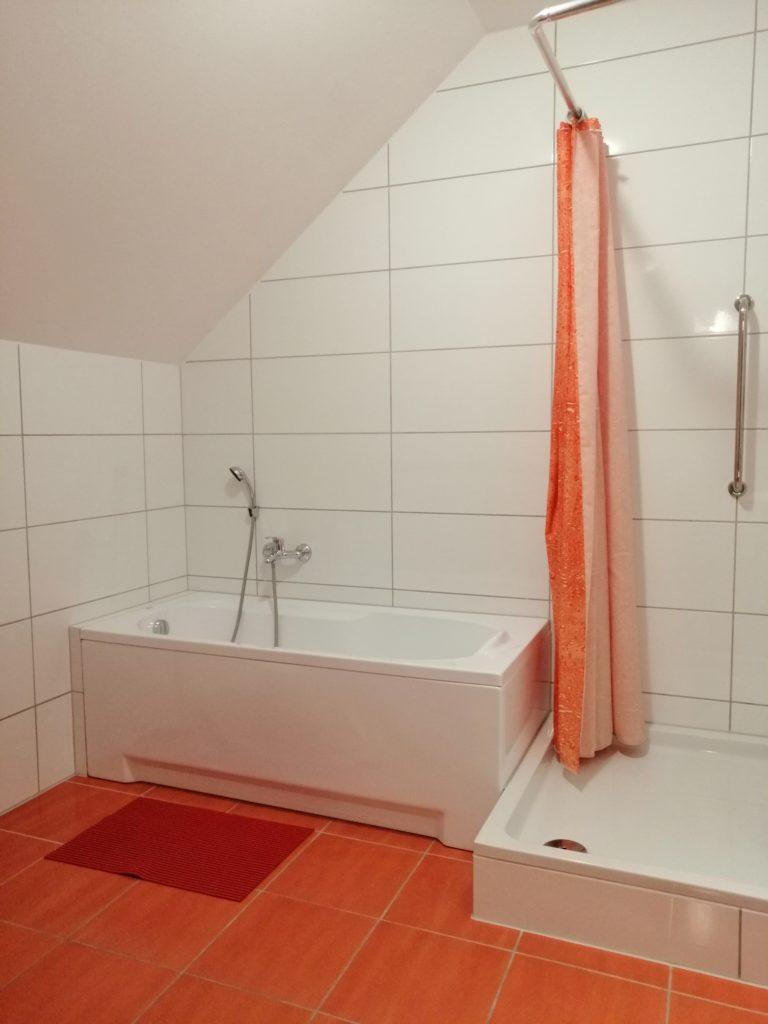łazienka przy śliwkowym 1