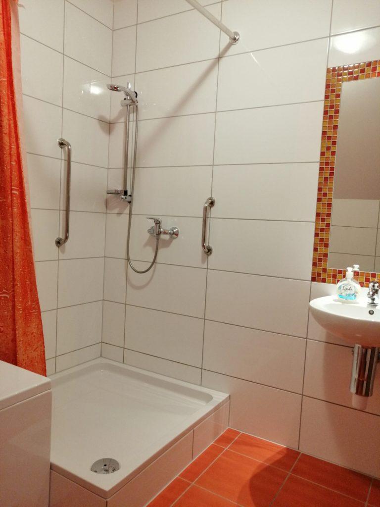 łazienka przy śliwkowym 4
