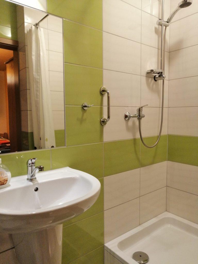 łazienka przy słonecznikowym 2
